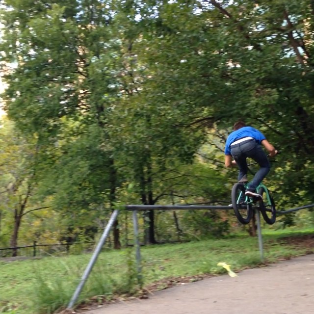 Jams to rails. @dudecheckthisout @thebretttocco good day in #austin #texas