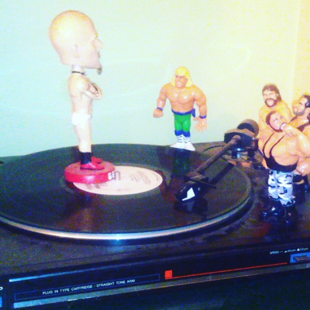 Just hanging out with @reyes2_ct @lam_107 dj macho man randy savage and #ggallin
