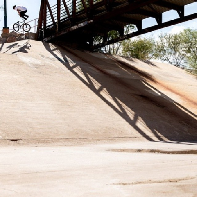 270 whip over a hip somewhere in Arizona while filming for @kinkbikes squash it. @walterpieringer behind the lens.