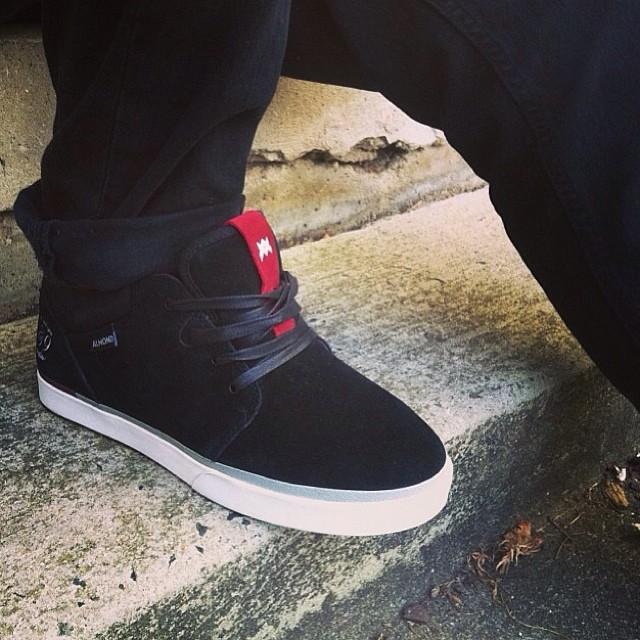 @jaredwashington brand new signature shoes coming very soon. #streetwear #bmx #jaredwashington #shoes