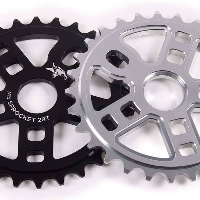 @animalbikes m5 sprockets coming out soon 25 and 28t black and raw.