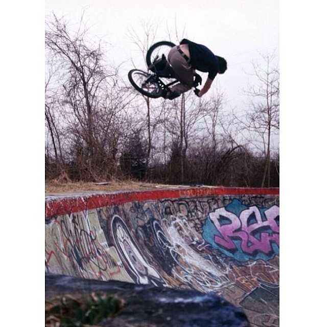 Submit your best table to #bellinstagiveaway for a chance to win a @bellbikehelmets segment helmet. My entry goes back to a Reading session in 2002 before I wore a helmet full time. Photo: @skapegoat256