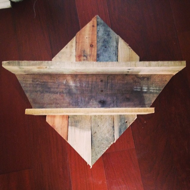 Wall mount shelf for whatever. Randomness from leftover wood. #palletart