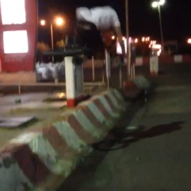 @jeffreykocsis riding what looks to me like a small bump. Kid is on heat.