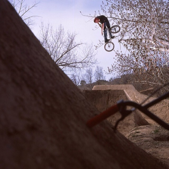 Flashback to a good day in Salt Lake City 2011, rode Tanner trails with @fnmoeller and the entire @fitbikeco team. Photo: @jeichhorst
