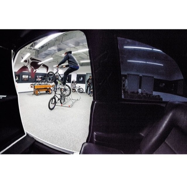 Pole jam over @reyes2_ct bike the other day. Shot by @feedmephotos from the inside of a vw scirocco