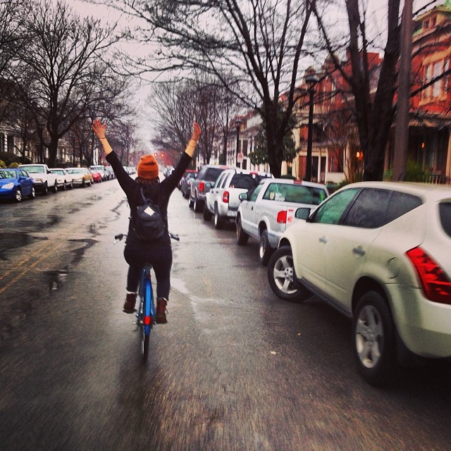 Rainy ride with @girlsnogood ️ #slaughterama #LookMaNoHands