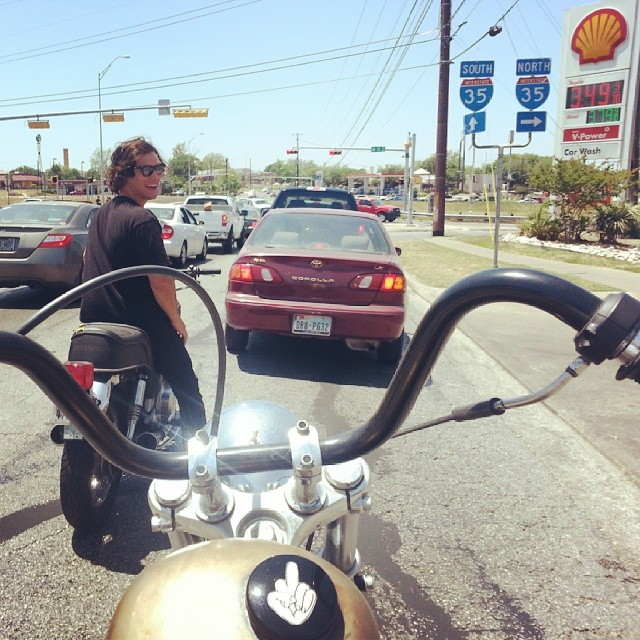 Thanks to @walterpieringer for the doner bike while im in town, @tonyhamlin had to take it for a spin.