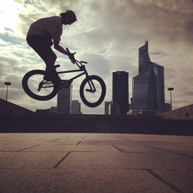 #barspin #paris @united_bmx @peteradam