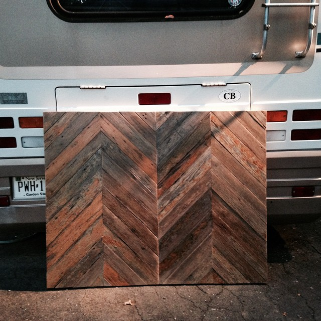SO to @bigchilldrums aka @wildwillyswoodshop for the headboard. Follow him