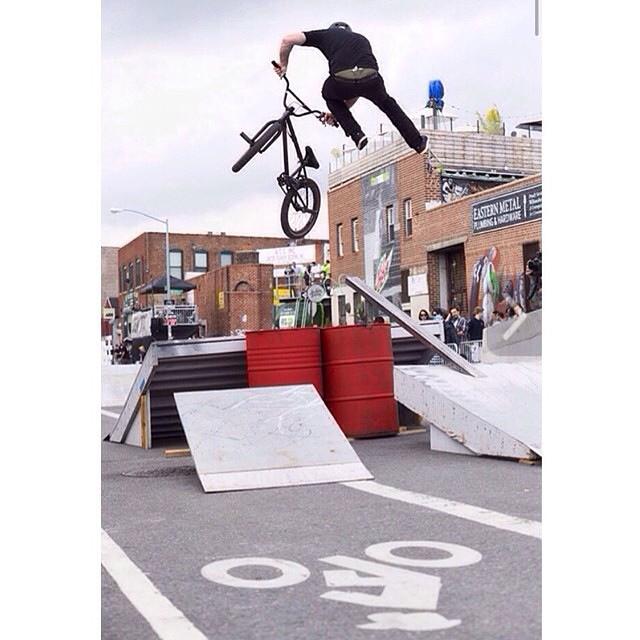 @vandeverhoman tires up whip in. @jeffzphoto @ridebmx @dewtour
