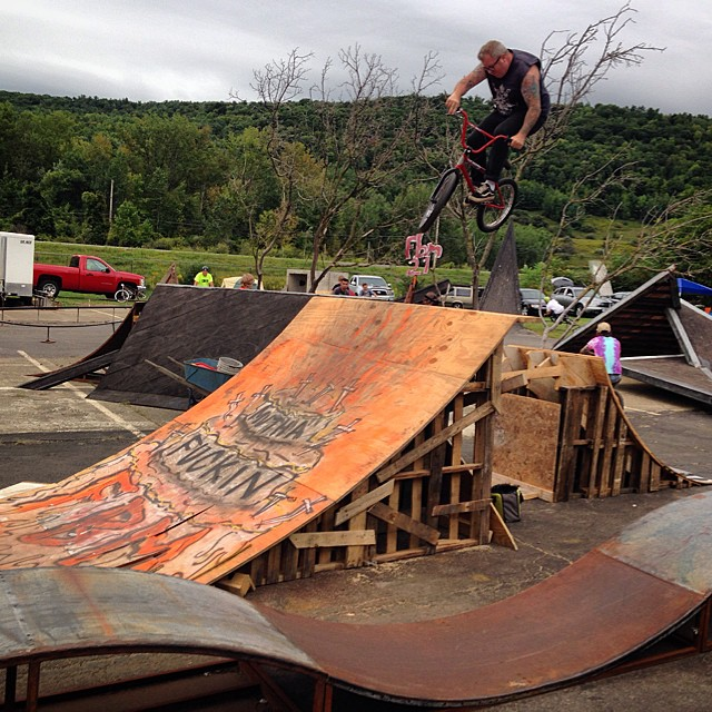 Congrats to @crandallfbm and the rest of the @fbm_bike_co crew on 21 years of being radical!