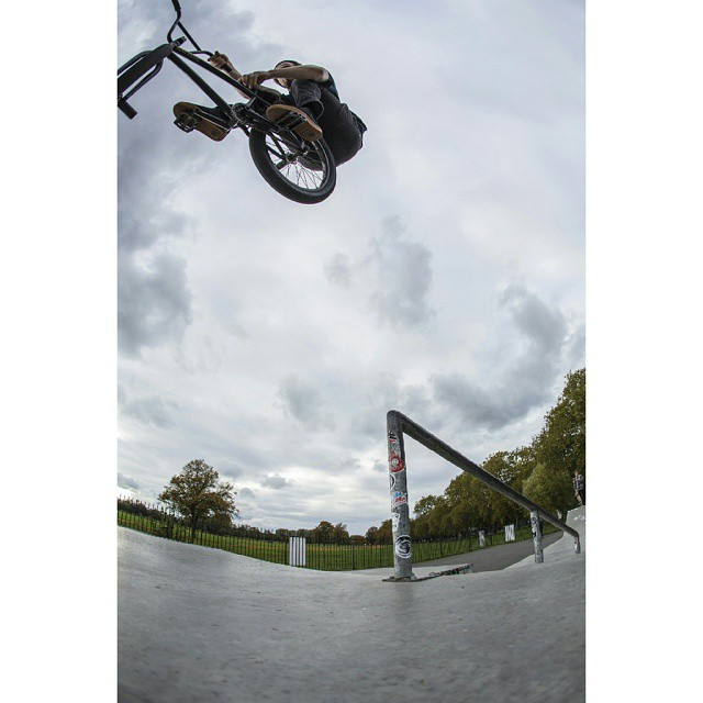 Fun session at clapham skatepark yesterday. Pegs to tbog. @bakosphoto photo