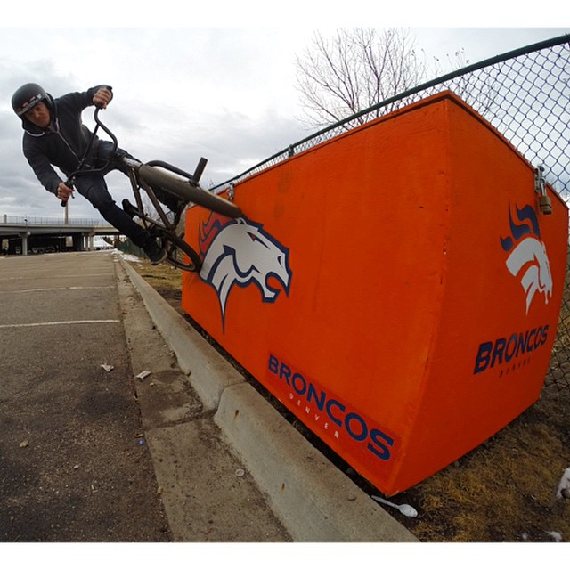 Got into Denver this morning, took a pedal around Mile High Stadium and did a wallride as impressive as last years Denver Donkeys Super Bowl performance.