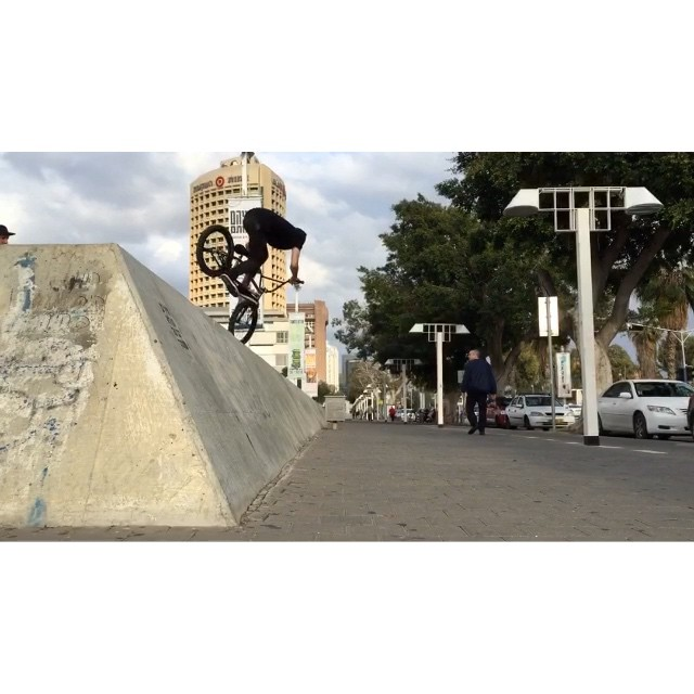 @united_bmx #unitedtelaviv Israel trip last day. Lots of laughs and hummus. Big thanks to my squad out here @bavli1 @nightrdr #richforne @sarl20