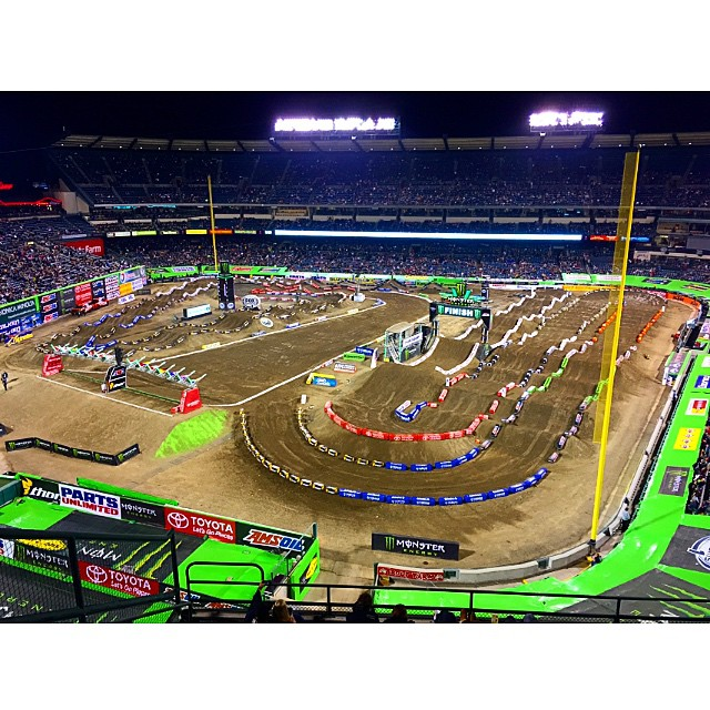 Not a bad way to spend my last night in California, seats at the Anaheim Supercross! Thanks @bellbikehelmets @bell_powersports @kristin.michal @spandexwhippits