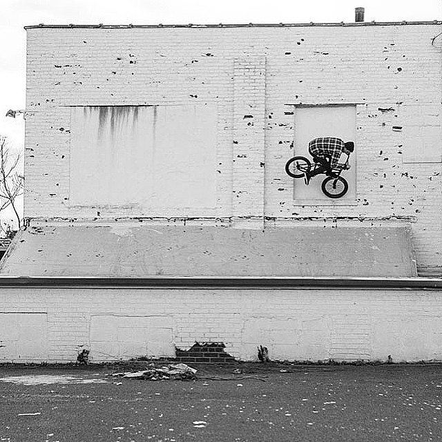 @united_bmx has a whole new website along with a promo for my favorite frame yet. The #region go to Unitedbikeco.com ️